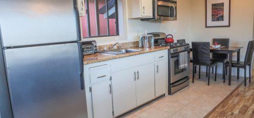 Caspar room's kitchen